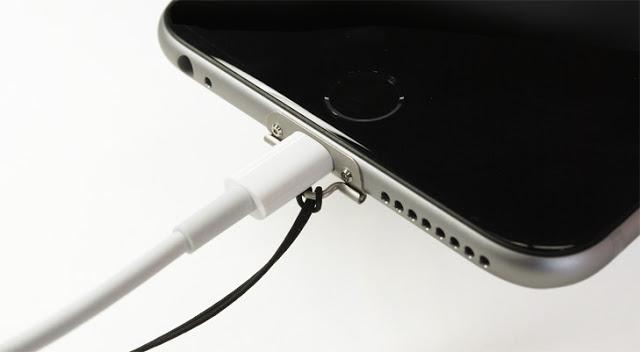 iPhone 6 / 6 Plusにストラップと充電を両立させる方法