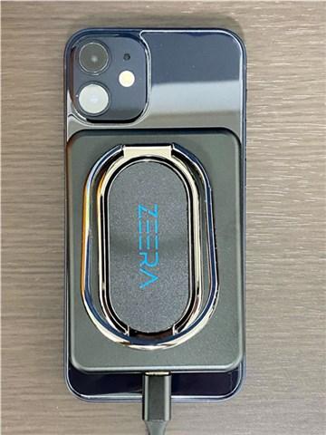 iPhone 12 miniのカメラとZEERA MagSafeモバイルバッテリーは干渉しません